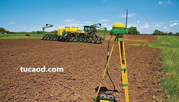 TERSUS DAVID-识别农作物,并将农药直接喷洒在杂草上