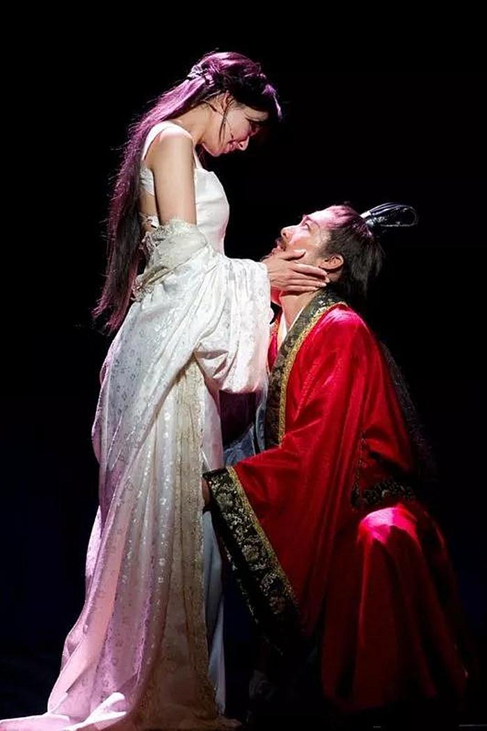 林志玲结婚启示:你需要很多很多钱,才可以嫁给爱情